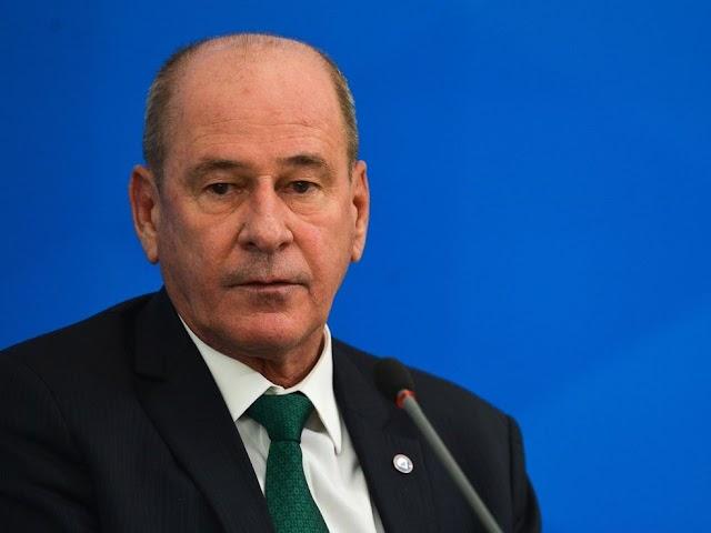 Ministro da Defesa, Fernando Azevedo e Silva deixa o cargo