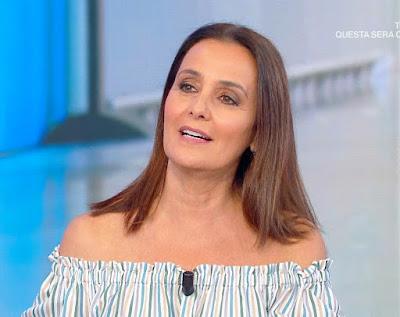 Roberta Capua foto 16 luglio estate in diretta