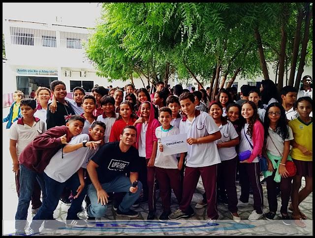 """Projeto """" MAIS  JESUS SCHOOL é uma realidade  nas Escolas em Chapadinha"""
