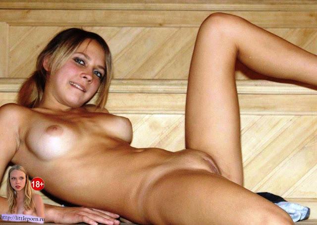 голая девушка в бане little liza голая в бани смотреть тут www.littleporn.ru Личное фото с бани