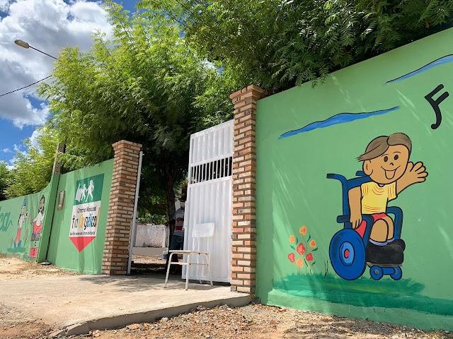 Creche Tia Angélica no bairro de Flores recebe melhorias e vira referencia no ensino infantil