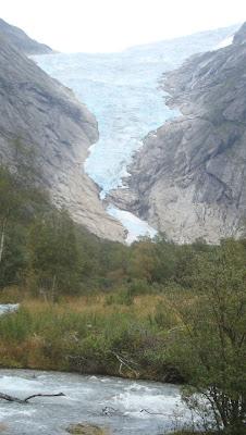 Vistas del glaciar Briksdalsbreen