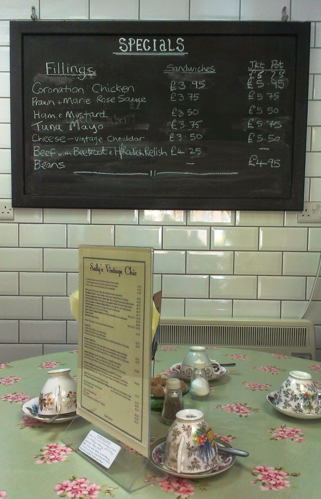 Sally Vintage Chic Cafe, Minehead