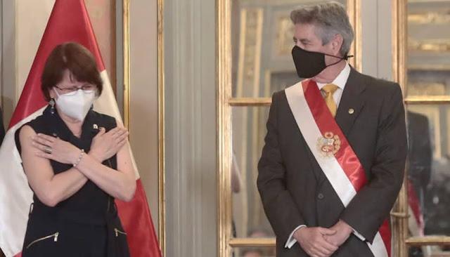 Gobierno dejó sin efecto las gracias a Pilar Mazzetti