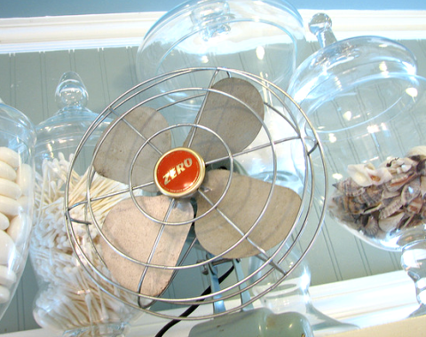 aqua vintage fan
