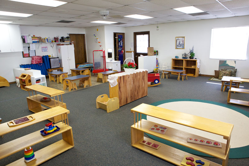 Educaci n por el arte ambientes montessori for Decoracion de espacios de aprendizaje