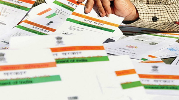 Election Commission writes to Law Ministry on linking Voter ID cards with Aadhaar, New Delhi, News, Voters, Election Commission, Aadhar Card, National