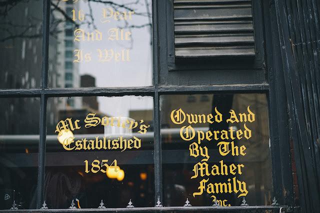 マクソリーズ オールド エール ハウス(McSorley's Old Ale House)