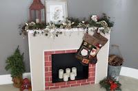 chimenea de cartón para Navidad