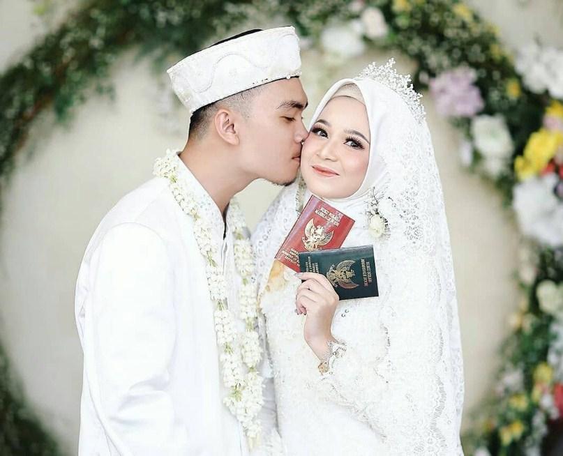 Tips Dan Trik Mendapatkan Suami Sholeh Mozaik Karim