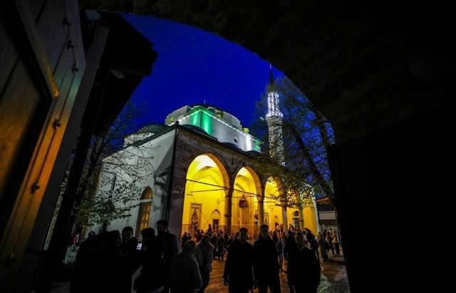 Muslimani sjutra obilježavaju mubarek noć Lejletul-regaib: Noć želja, nade i ibadeta