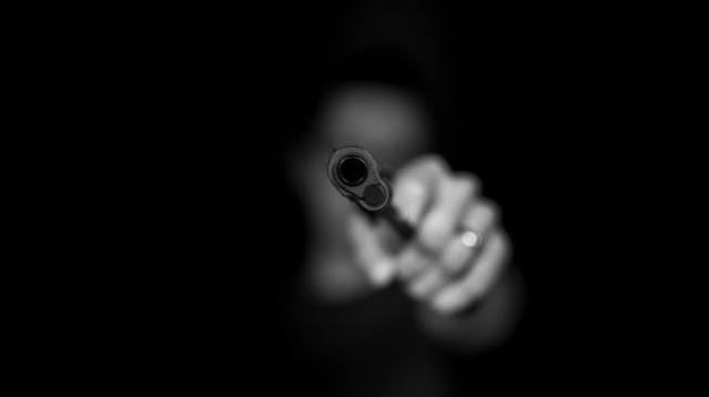 Detik-Detik Polisi Padang Panjang Tembak Teman Kencan, Cewek Open BO