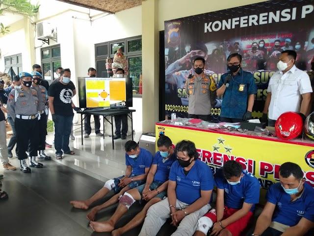 Lima Orang Komplotan Perampok Di Jalan Krakatau, Ditembak Dalam Pelariannya Ke Ciamis Jawa Barat