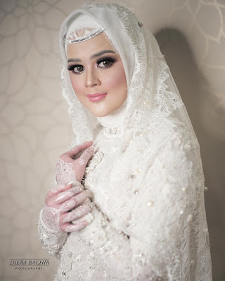 Cut Meyriska Bridal hijab manis artis Sinetron