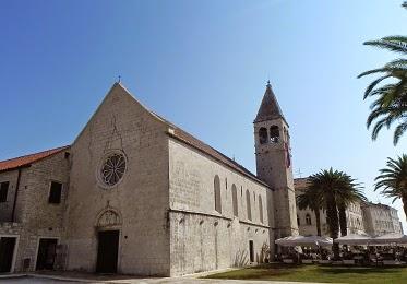 http://plecinlume.blogspot.de/2014/02/din-patrimoniul-unesco-trogir-croatia.html
