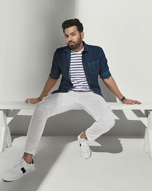 In red or blue which is the favourite colour of Rohit Sharma