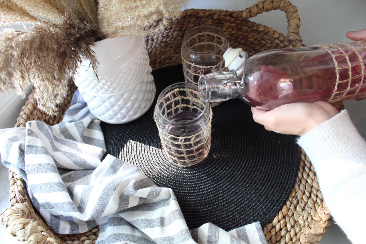 DIY-seasgrass-wrapped-glasses-17