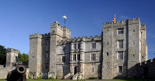 Hire Travel England Tours to Visit the Amazing Northumberland Castles