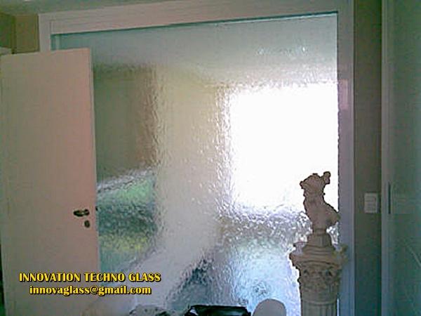 Harga Pembuatan dan Pemasangan Dinding Kaca Air Terjun