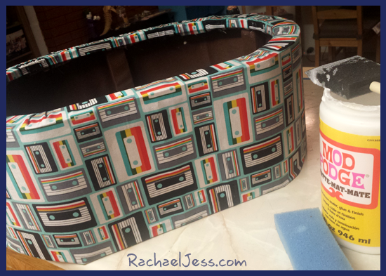 Quick and simple way to recover an old stool with nice smooth sides works perfect with Mod Podge materials.