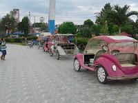 Kendaraan Unik Mobil Sepeda Di Taman Kota Baturaja