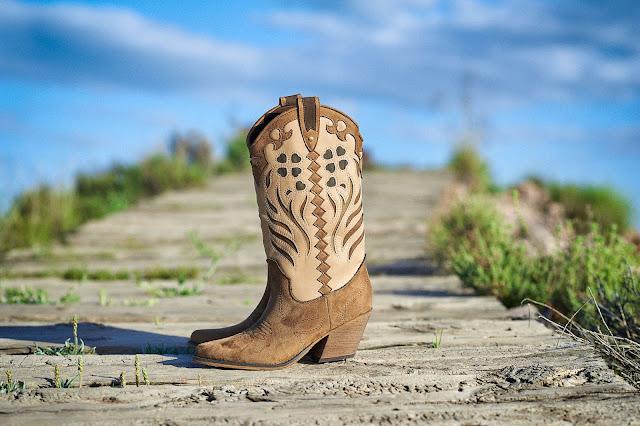 Botas altas cowboy camel