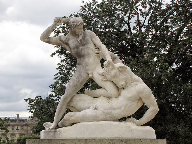 Thésée combattant le Minotaure, Theseus fighting the Minotaur by Étienne-Jules Ramey, Tuileries Garden, Paris