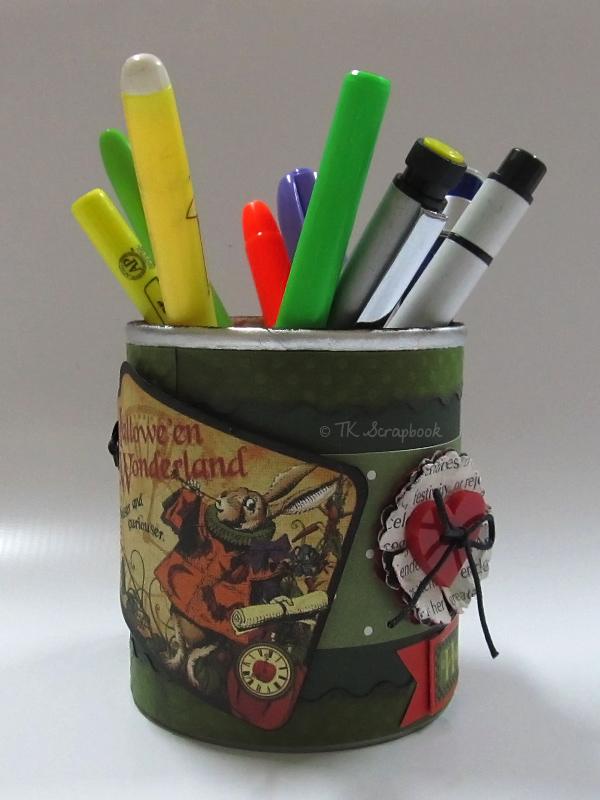 porta-canetas scrapbook alice no país das maravilhas