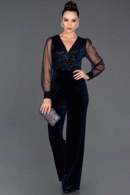فستان جمبسوت للسهرات باللون الكحلي الغامق موديل 2020