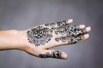 Beautiful Mehndi Design with mandala pattern