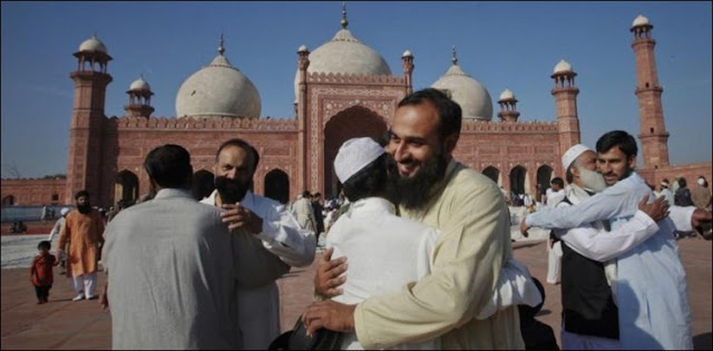 Will there be Eid-ul-Fitr in Pakistan tomorrow or not? The Ruwet Hilal Committee will announce today