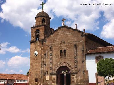 Templo de Nuestra Señora de la Natividad en Cuanajo, Michoacán