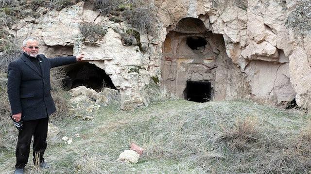 Iglesia armenia en Cesarea destruida por ladrones