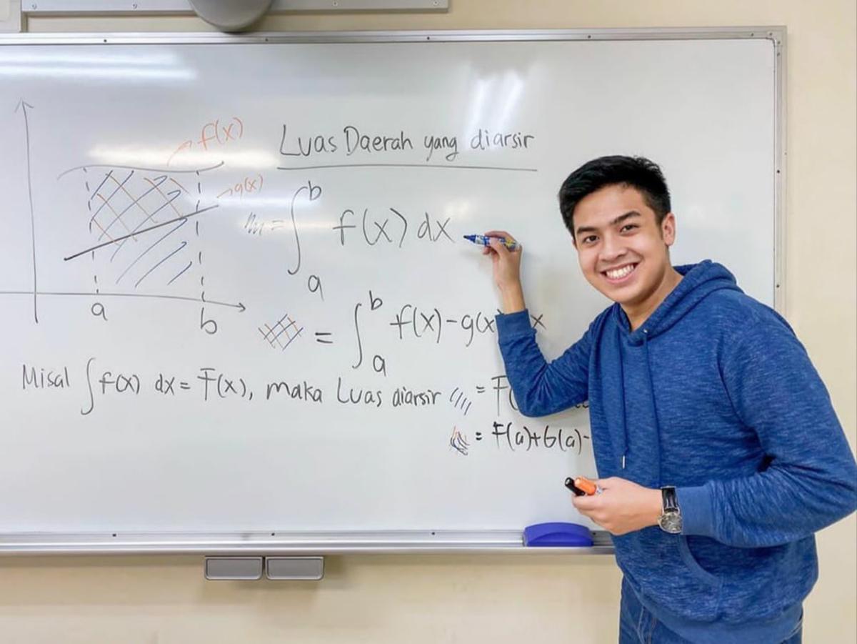 Jerome Polin Ngajar matemattika