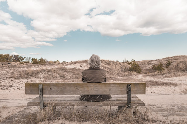 the 7 reasons why some people are afraid to stay alone