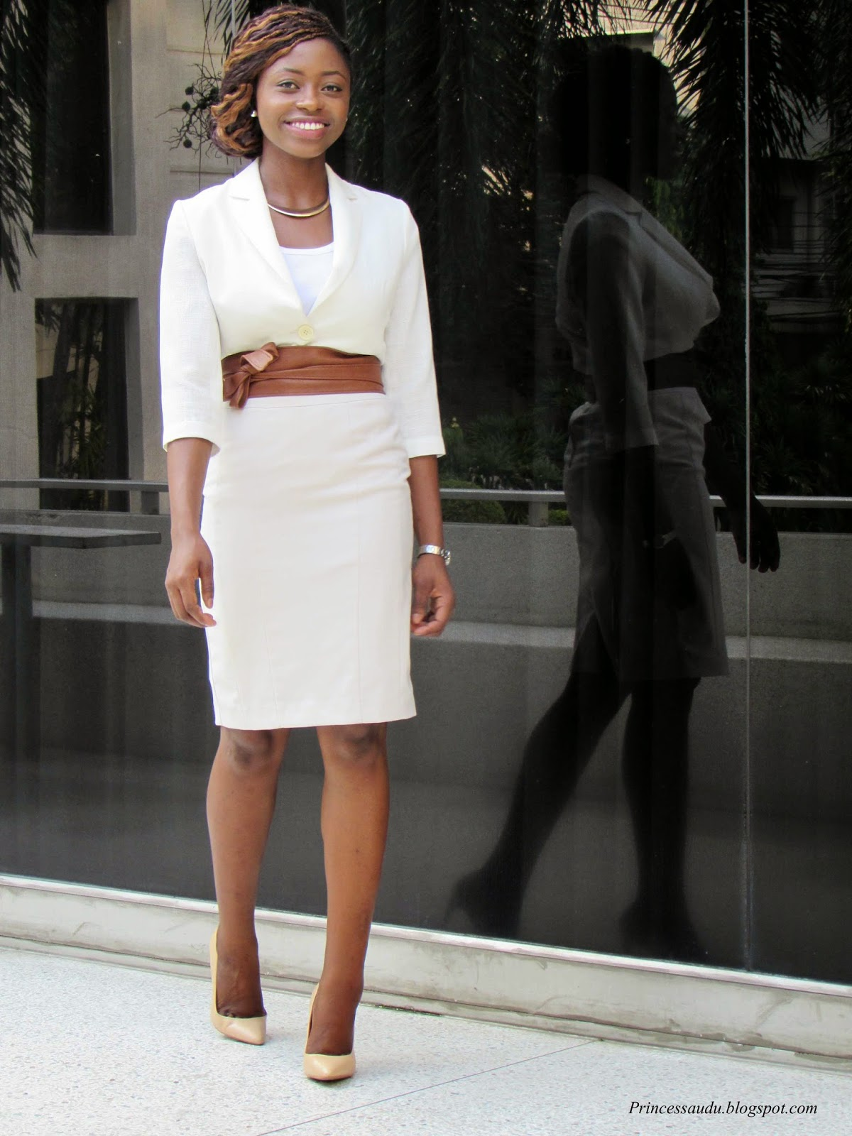 pencil skirt, blazer, statement belt, beige, nude pumps