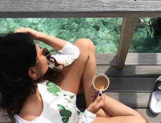 Aashna Hegde Drink Tea