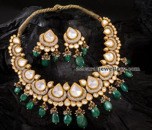 Kundan Necklace from Neelkanth Jewellers