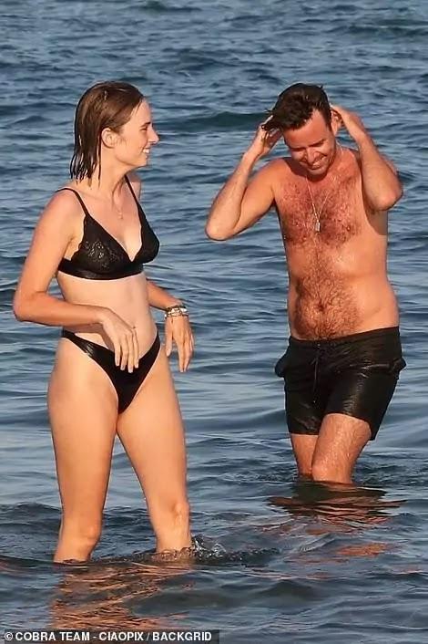 Maya Hawke showcases her amazing bikini body in Venice