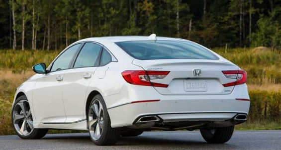 10th Generation Honda Accord 2019 Rear View