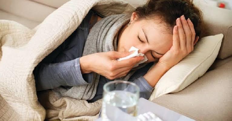 9 Penyebab Bersin Selain Infeksi Virus, Salah Satunya Olahraga