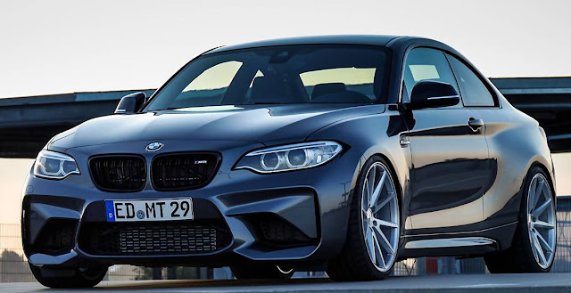 BMW M2 with 20-inch Rims Type Vossen VFS-1