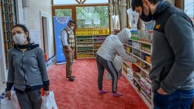 Masjid di Turki Berubah Jadi 'Supermarket' Gratis