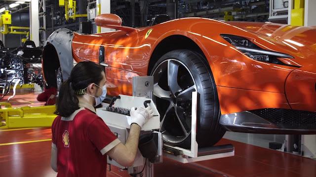 フェラーリ、生産の再開を発表。医療サポートや予防安全対策を行いながらの再開へ。