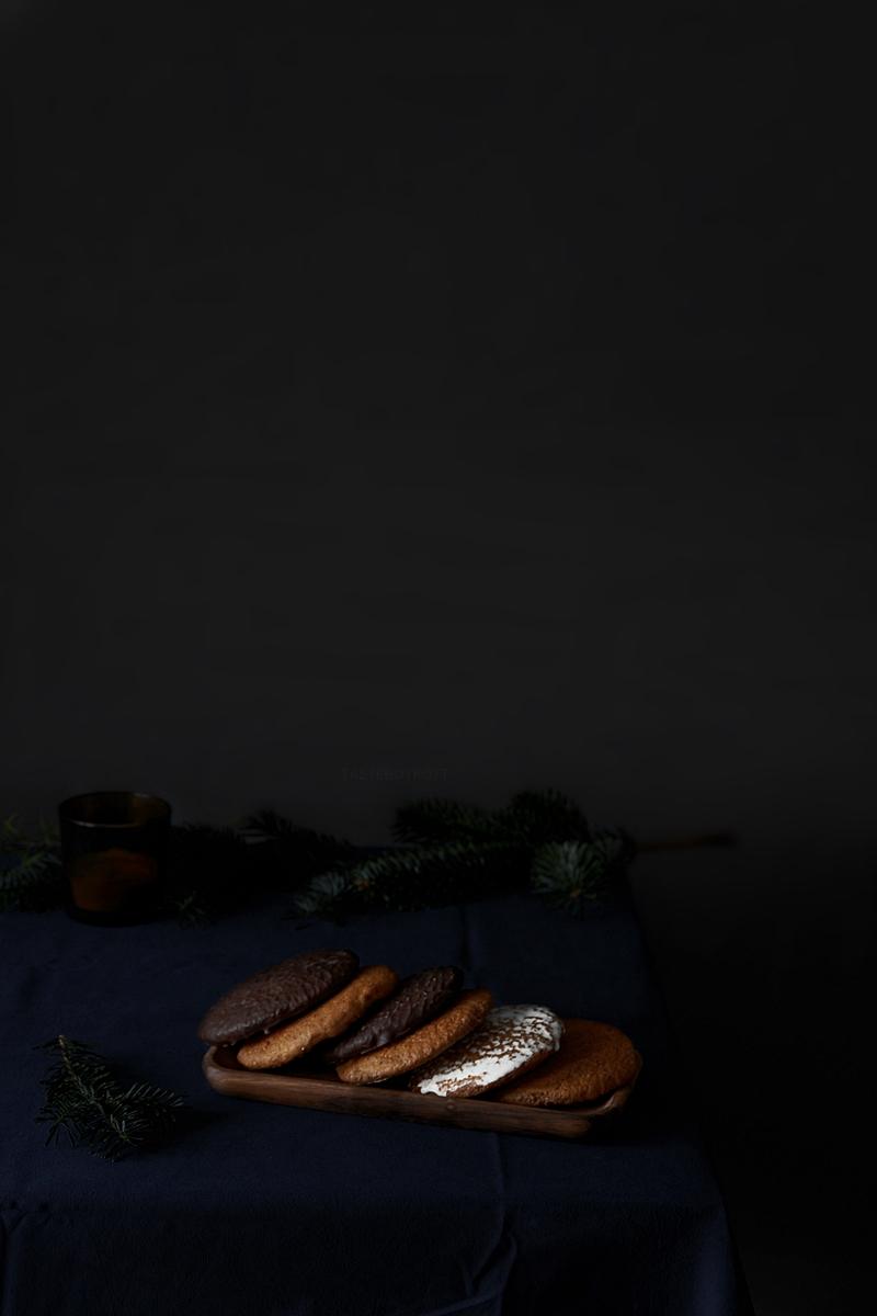 Originale Nürnberger Elisenlebkuchen | Weihnachtliche Food Fotografie dark, Tasteboykott Blog.