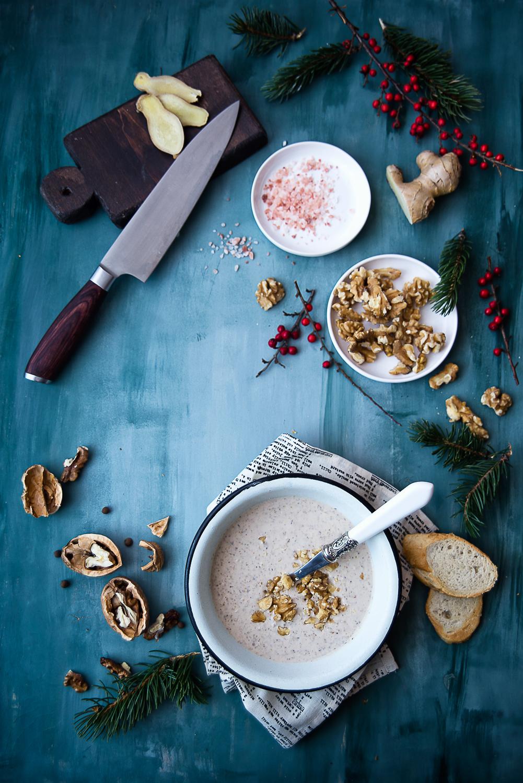 Rozgrzewająca zupa idealna na zimę: zupa orzechowo-kokosowa i materiał dla Hello Zdrowie