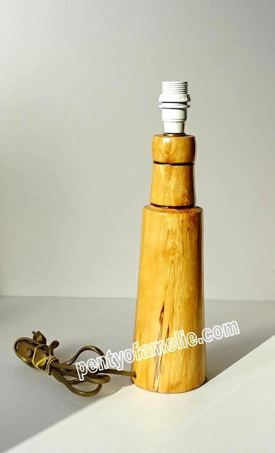 Pretty Light Pine Woodwork Table Lamp Base come with EU plug with switch wire, button switch, E light bulb socket