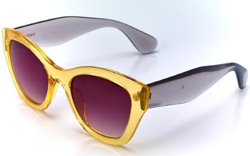 cb6db1956 As armações e lentes tem as cores mais usadas pelos grandes estilistas e  estão disponíveis em modelos clássicos, retrô e arrojados que combinam com  todos os ...