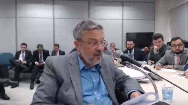 Se você acha que já viu de tudo em termos de corrupção nos governos de Lula e Dilma ...