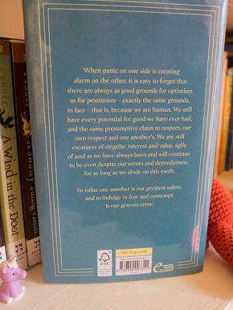 Back cover of Marilynne Robinson's The Givenness of Things